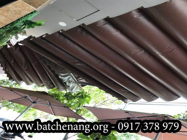 Mua Bạt Mái Hiên Che Nắng ở Bình Dương, Bạt Cuốn Quán Cafe